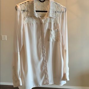 Ladies cream colored blouse